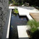 kolam ikan desain minimalis